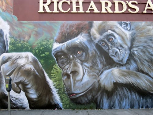 Street Murals by Anat Ronen seen at Richard's Antiques Inc, Houston - The gorillas mural