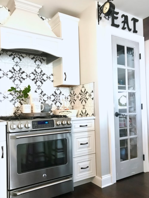 Architecture by Jenna Nicole Interiors seen at Private Residence, Forest Hill - Updated Kitchen design