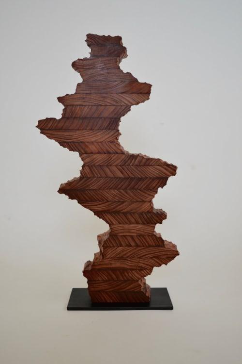 Edgy - Sculpture | Sculptures by Lutz Hornischer - Sculptures & Wood Art