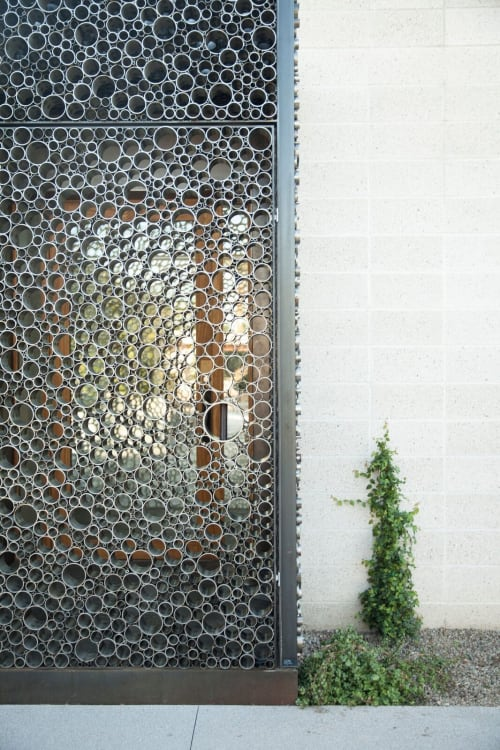 Architecture by Studio Make LLC seen at Private Residence, Paradise Valley - The Brexley Cage entry
