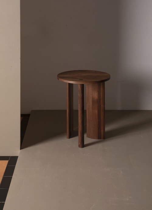 Tables by Campagna seen at Private Residence, New York - ).| Set - Table