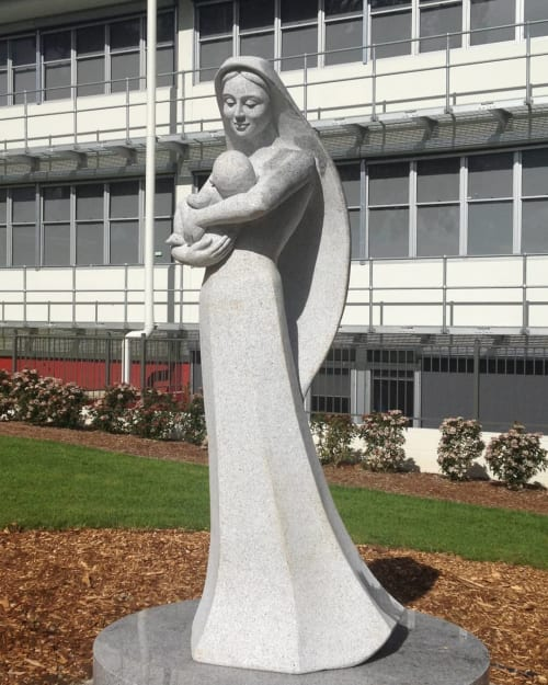 Public Sculptures by Linda Klarfeld seen at Sydney, Sydney - Mary and Jesus
