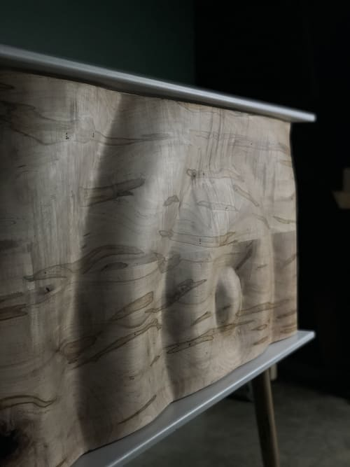 Furniture by Enkle Designs seen at NŌ Studios, Milwaukee - Custom Carve Reception Desk