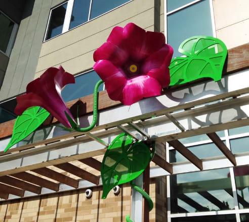 Public Sculptures by Marjorie Pitz seen at Planned Parenthood - St. Paul-Vandalia Health Center, Saint Paul - Morning Glory