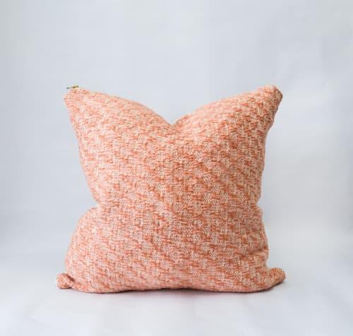 Pillows by Zuahaza by Tatiana - Tyba Basic Pillows
