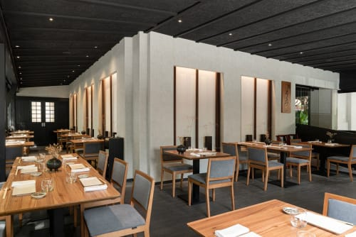 Interior Design by Paco Lago Interioriza seen at Ta-Kumi Restaurante Japonés, Marbella - TA-KUMI