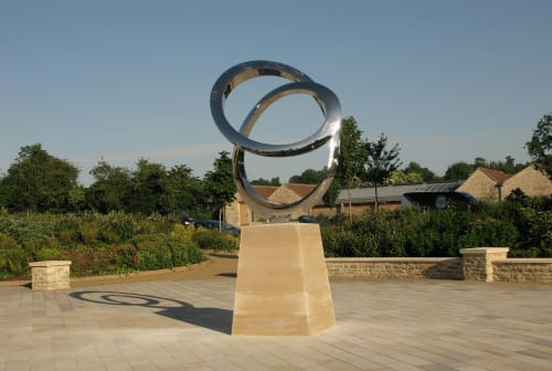 Public Sculptures by Wenqin CHEN seen at Farleigh House, Farleigh Hungerford - Infinity Curve
