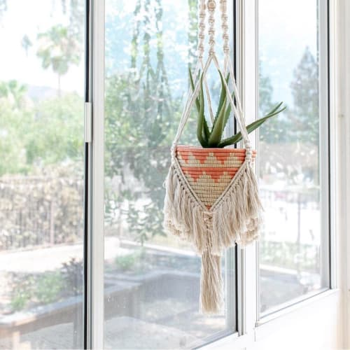 Macrame Wall Hanging by Maya Slininger seen at Private Residence, Los Angeles - Macrame Basket Planter