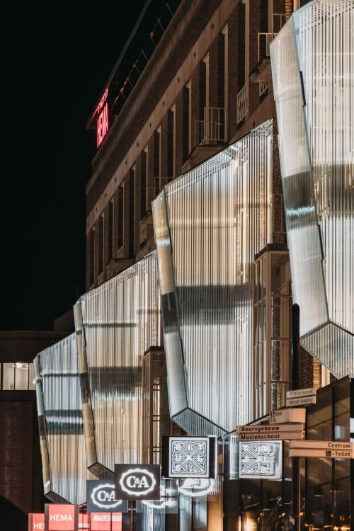 Architecture by Arnout Meijer Studio seen at 18 Septemberplein, Eindhoven - One Point Perspective Facade