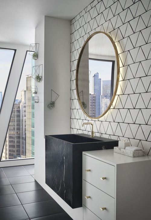 Tiles by Red Rock Tileworks seen at Private Residence, New York - Tri