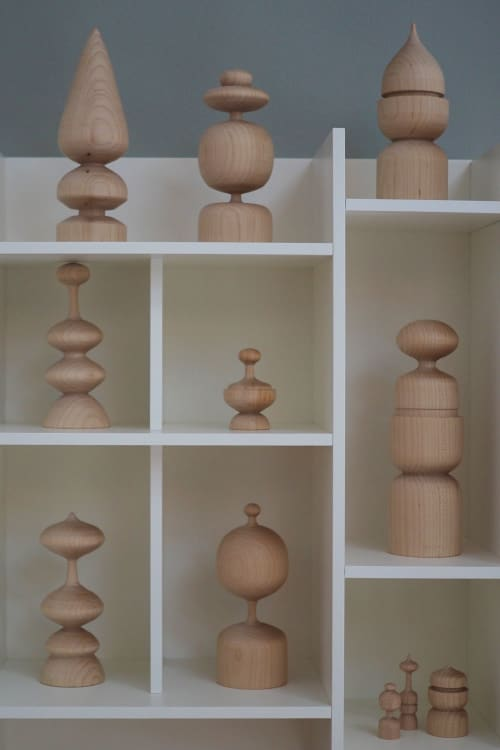 Sculptures by Meg Morrison Design seen at Private Residence, Richmond - Maple Figures