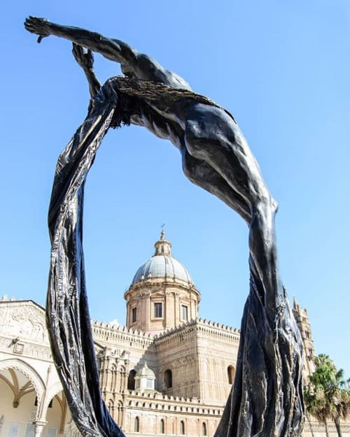 Public Sculptures by VINCENZO MURATORE seen at Cattedrale di Palermo, Palermo - CREATION, to my father