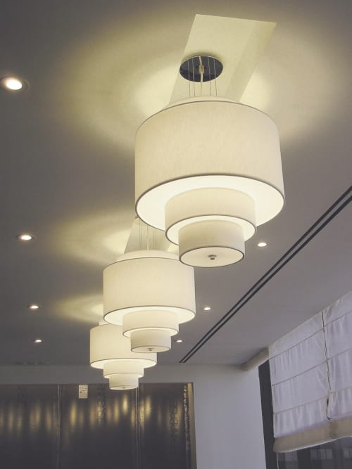 Pendants by ILEX Architectural Lighting seen at Labaton Sucharow LLP, New York - Drum Pendants