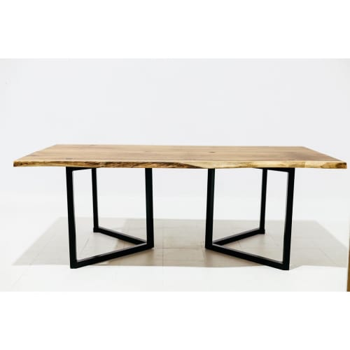 Tables by ApeWood seen at Private Residence, Lisbon - Commodus