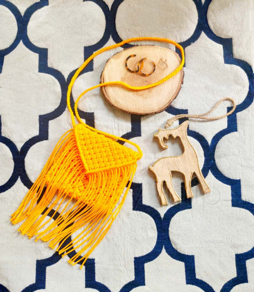 Apparel & Accessories by Classy Tulip seen at Private Residence, Noida - Beautiful Handmade Sling Bag
