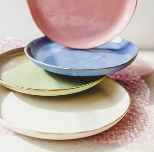 Ceramic Plates by SIND STUDIO seen at Café Foufou, Paris - VELVET DESSERTS small porcleain plates
