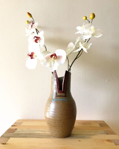 Vases & Vessels by Humble Hand Co. seen at Private Residence, Carlisle - Vase