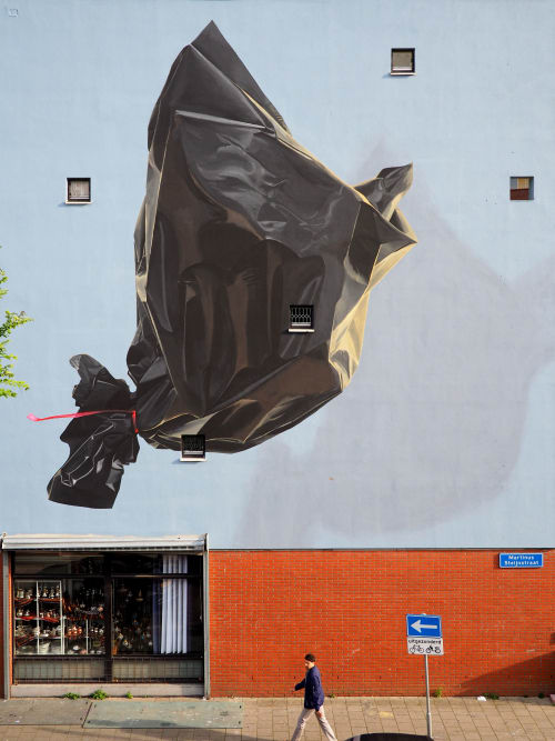 Street Murals by Murmure Street seen at Martinus Steijnstraat, Rotterdam - Garbage Bird