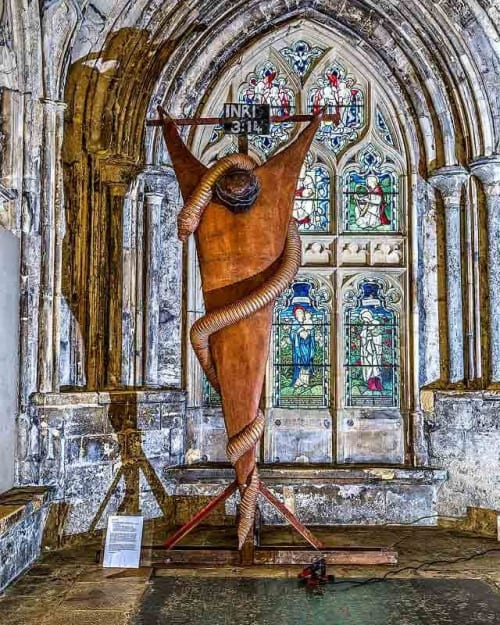 Public Sculptures by Deborah Harrison seen at Gloucester Cathedral, Gloucester - Look and Live