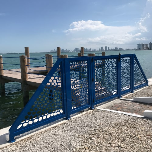 Sculptures by Carolina Sardi seen at Private Residence, Miami Beach - Blue Nest Fence and Gate
