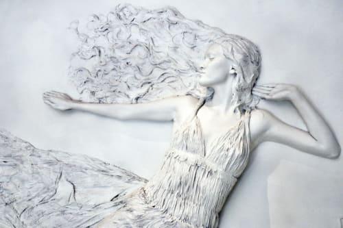 Sculptures by Matthew H. James seen at The Onyx Chelsea, New York - Claire de la Lune