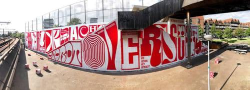 Street Murals by Vincent de Boer seen at Hofplein, Rotterdam - Zwaartekracht wordt overschat