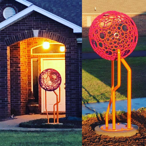 Public Sculptures by Jon Whitfill seen at Private Residence, Lubbock - Vonsphere