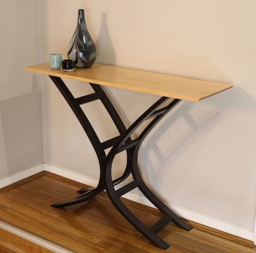 Tables by Darren Oates Fine Furniture seen at Private Residence, Grose Vale - Kai Hall Table
