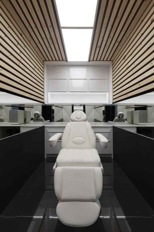 Interior Design by Atelier RZLBD seen at Brampton, Brampton - AK Clinic