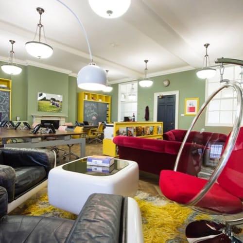 Interior Design by Jo Berryman Studio at Red Hat Recruitment, London - Interior Design
