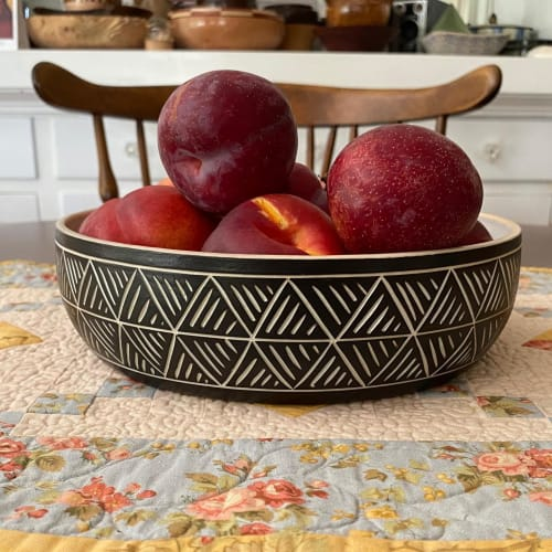 Tableware by Janet Wolf seen at Private Residence, Tacoma - Black and Whire Porcelain Sgraffito  bowl