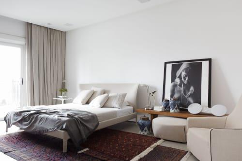 Interior Design by Consuelo Jorge Arquitetos seen at Private Residence, Jardim Paulistano - Artist's Apartment