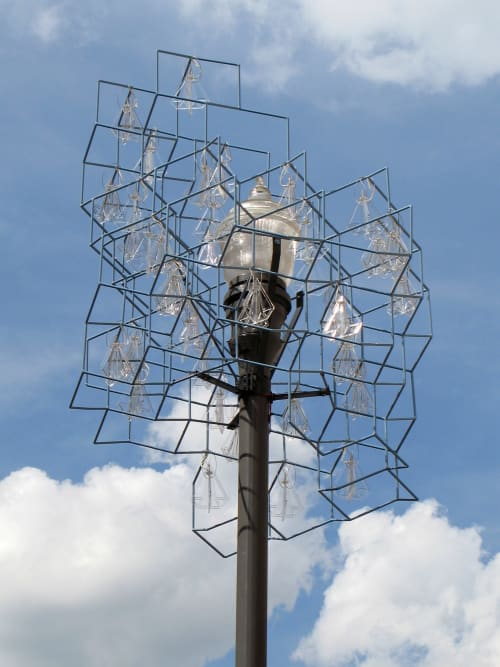 Public Sculptures by Carin Mincemoyer seen at Market Street & Fifth Avenue, Pittsburgh - Diamond Diamonds