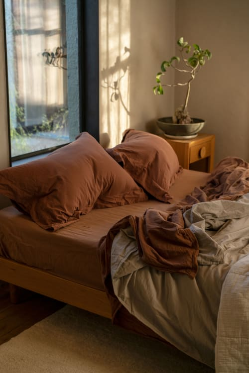 Linens & Bedding by Matteo Los Angeles seen at Private Residence, Tucson - Matteo Nap Sheet Set