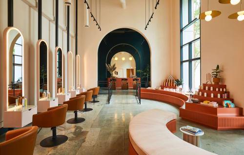 HOMEWORK - Interior Design and Renovation