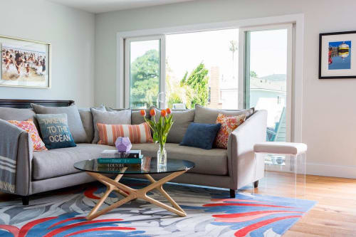 Rugs by Lucy Tupu Studio seen at Private Residence, Manhattan Beach - Kowhai