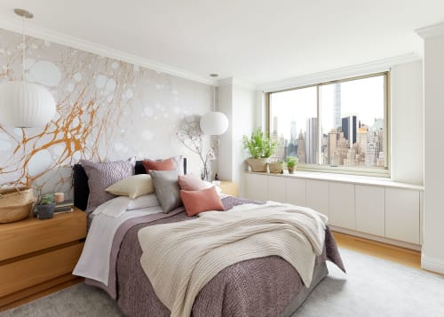 Architecture by Laurie Blumenfeld Design seen at Private Residence, New York, New York - Global guest room