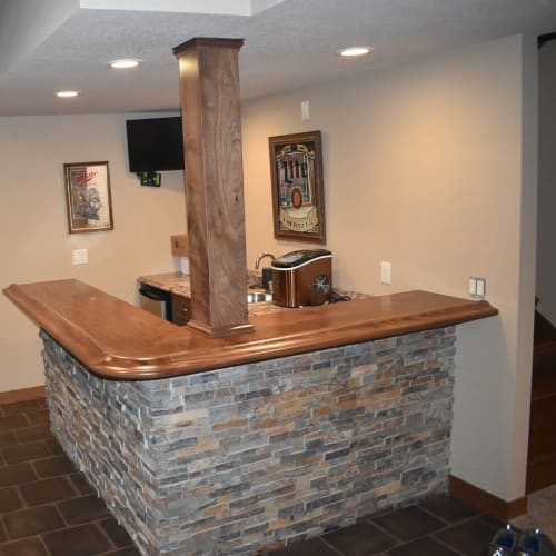 Furniture by Great Planes Millwork seen at Private Residence, Nevada - bartop