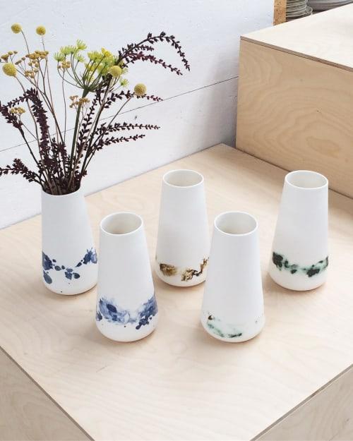 Vases & Vessels by Studio Ineke van der Werff seen at Creator's Studio, Utrecht - OPGEROLD carafe / vase