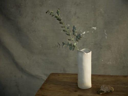 Floral Arrangements by Barbara Acosta seen at Malababa Serrano, Madrid - Flower Vase