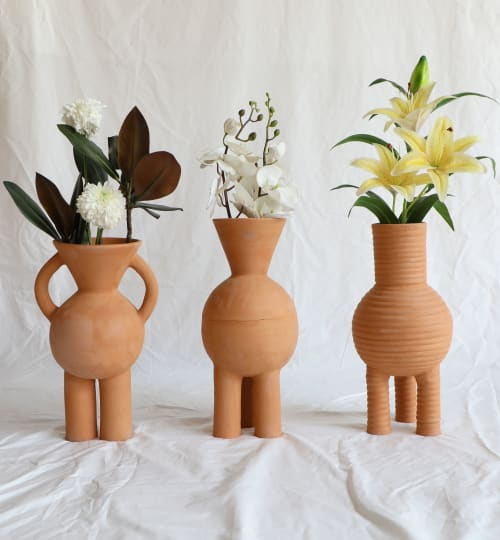Vases & Vessels by Aman Khanna (Claymen) seen at Creator's Studio, New Delhi - V-Neck Two Legged Terracotta Vase