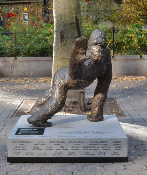 Public Sculptures by Noa Bornstein seen at Dag Hammarskjöld Plaza, New York - PEACE GORILLA