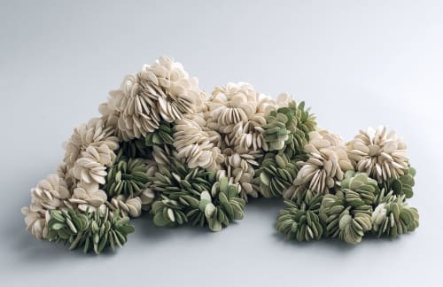 Sculptures by Liz Quan Studio seen at Private Residence - Boulder, CO, Boulder - Flora