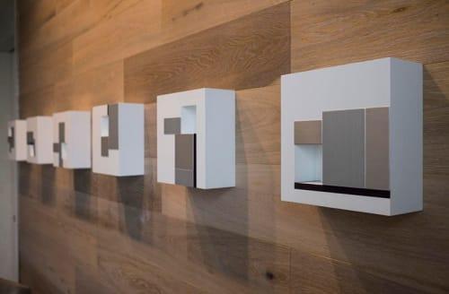 Sculptures by Jason Peot seen at Hyatt Regency Mc Cormick Place, Chicago - Coordinates: with plum(b) line