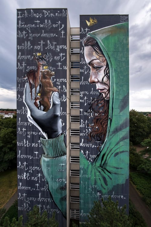 """Street Murals by Nuno Viegas seen at Neheimer Straße, Berlin - """"I will not let you down"""" Collaboration with Herakut"""