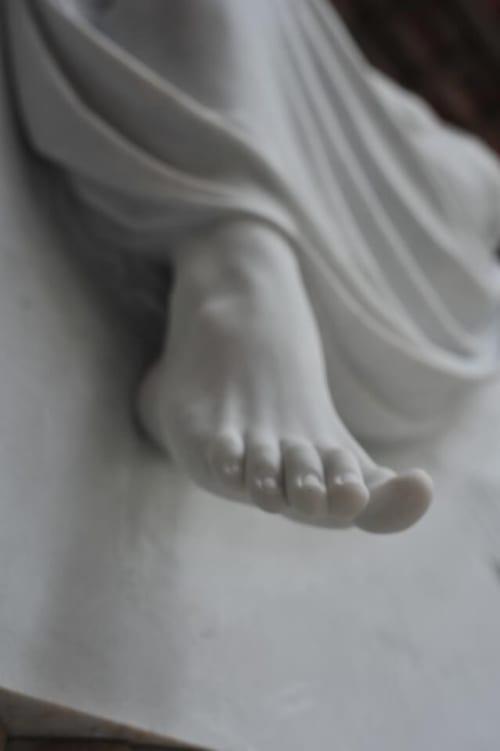 Sculptures by Cicero D'Ávila seen at Pietrasanta, Pietrasanta - Redhead Angel