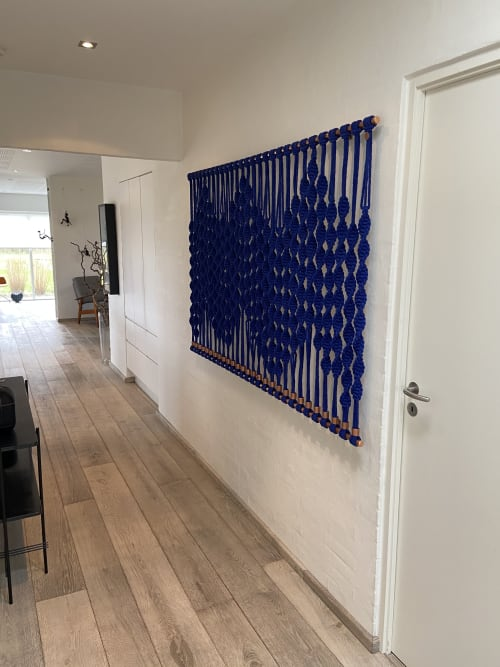Macrame Wall Hanging by VAD fiberart seen at Private Residence, Herning - Blue Wave