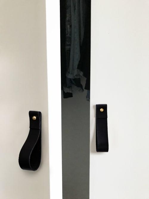 Hardware by Keyaiira   leather + fiber seen at Private Residence, Santa Rosa - Medium Leather Pull