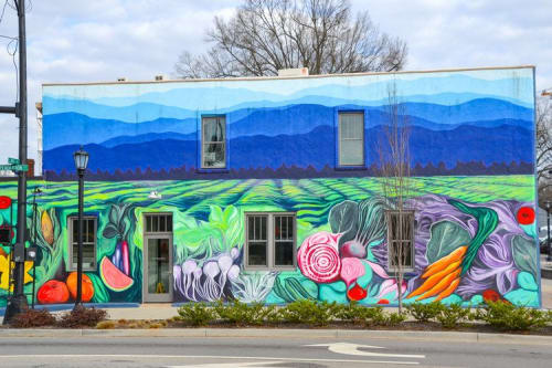 Street Murals by Elizabeth Kinney seen at 586 Perry Ave, Greenville - Village Harvest