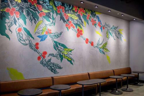 Allegra Lockstadt - Paintings and Art